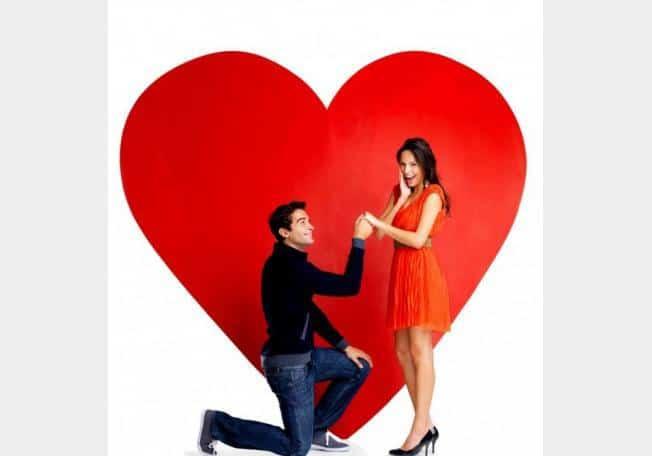 صورة كيف تعرفين انه يحبك , طرق تعرف منها حب الاخر لك