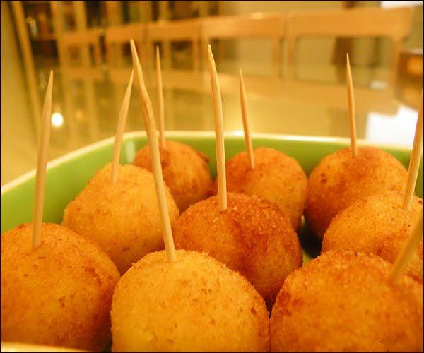 صورة طريقة عمل كرات البطاطس , احلي وصفة لكرات البطاطس