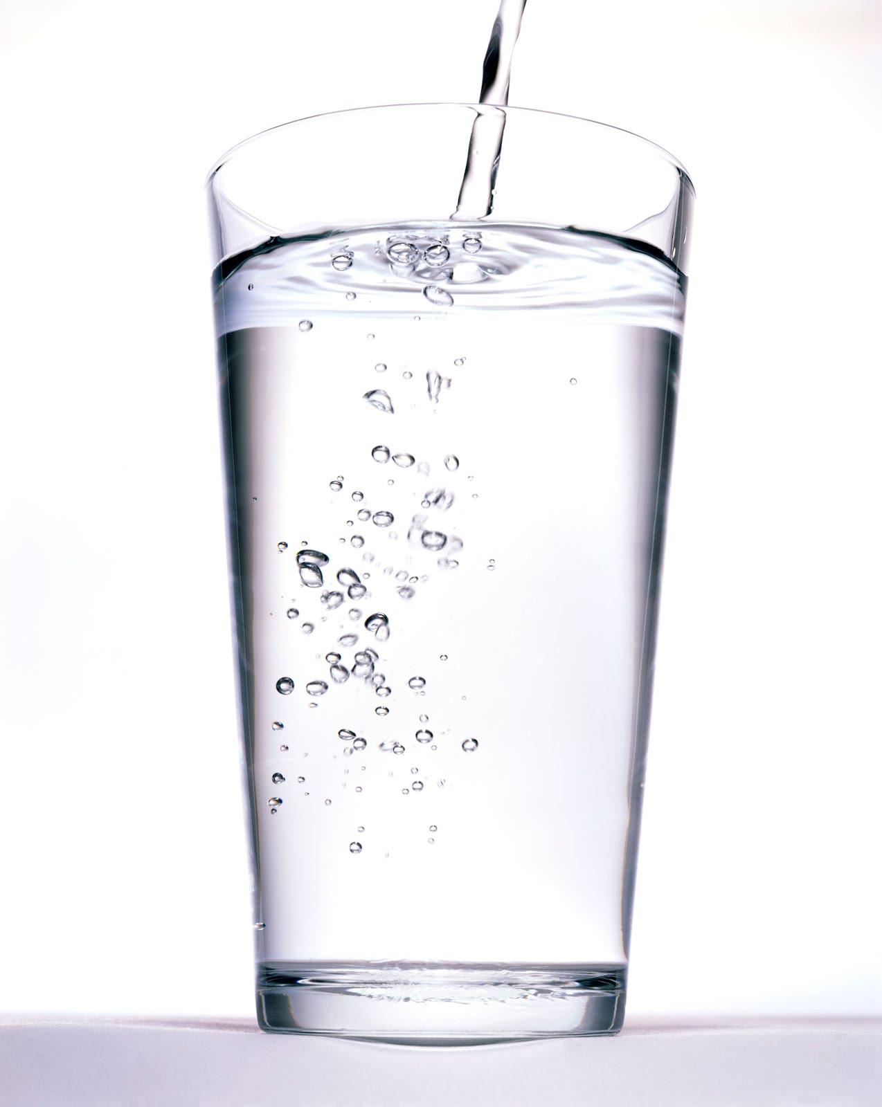 صورة فوائد شرب الماء , اهمية شرب الماء