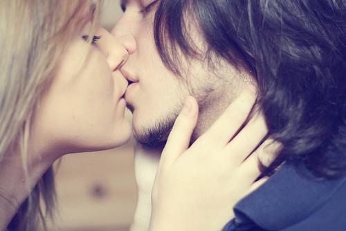 صور صور بوس شفايف , اجمل صور قبلات بين العشاق