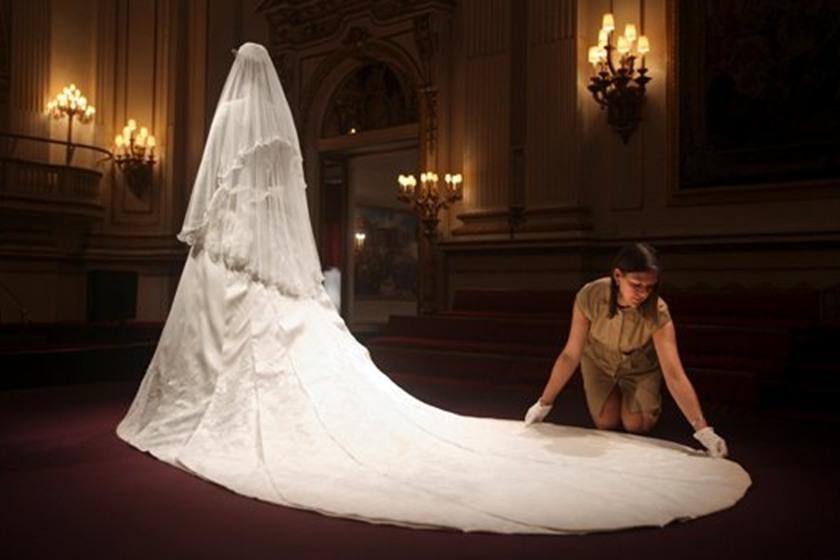 صور الفستان الابيض في المنام , رؤيه الفستان الابيض ف الحلم
