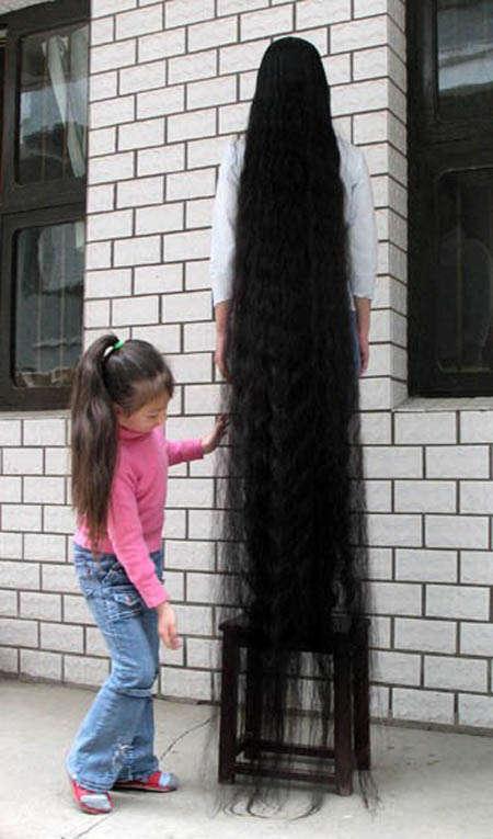 صور صوره اطول شعر , صاحبه اطول شعر في العالم بالصور