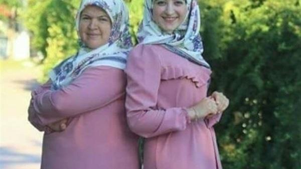 صور صور بنت وامها , اجمل علاقه حب في الدنيا