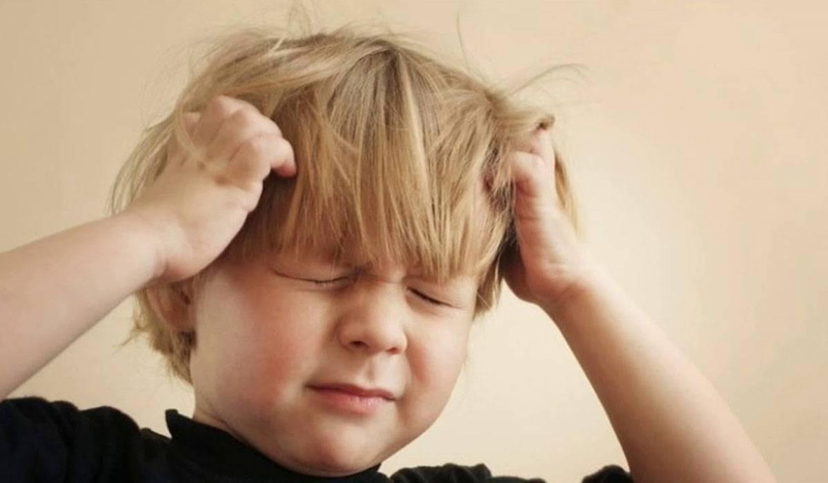 صورة اسباب الصداع عند الاطفال , مالذى يسبب وجع الراس لطفلك